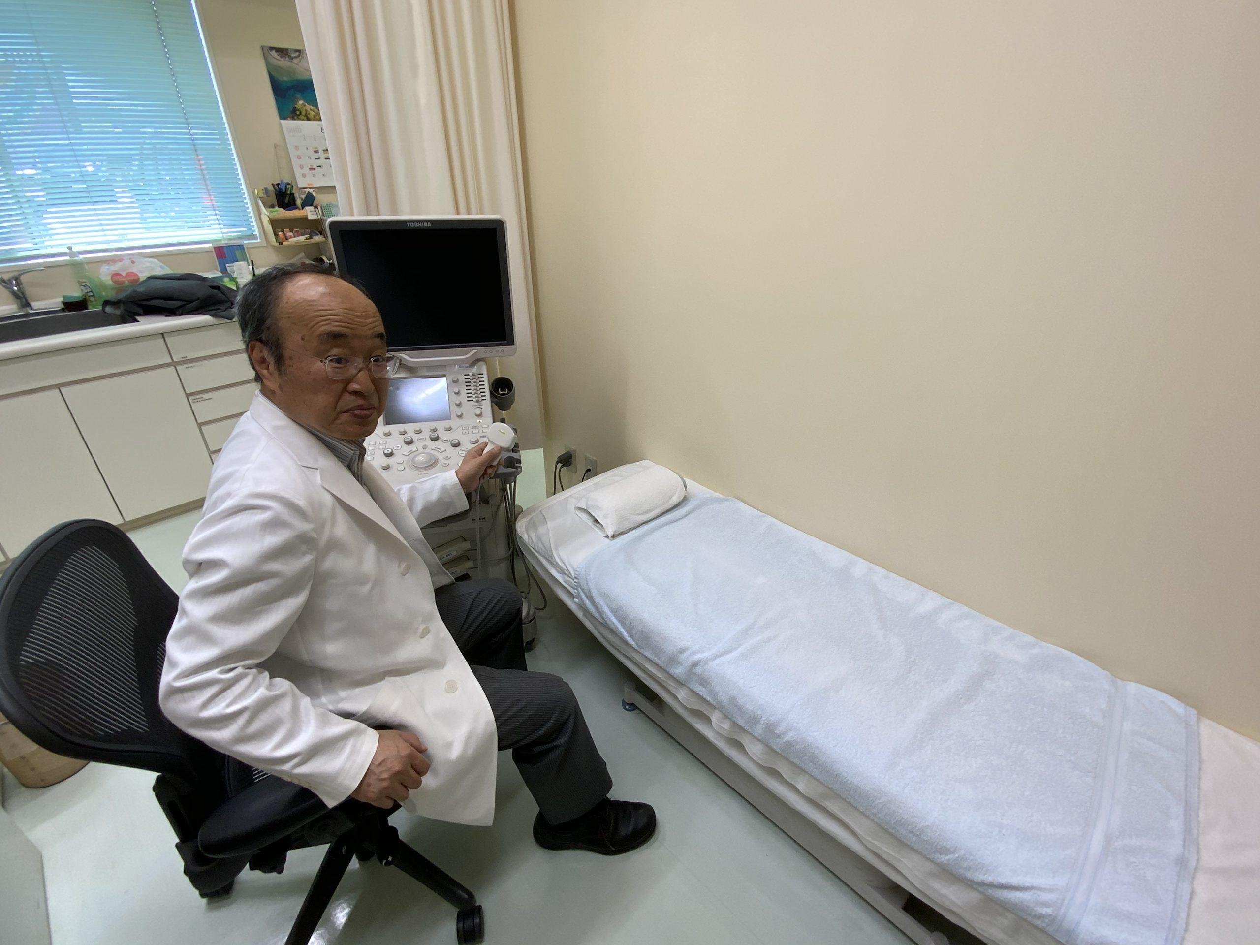 診察室(超音波診断装置)